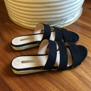 Summer sandals size 5 black suede staple